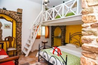 accommodation voreades double bedroom