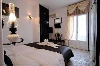 accommodation voreades hotel bedroom-02