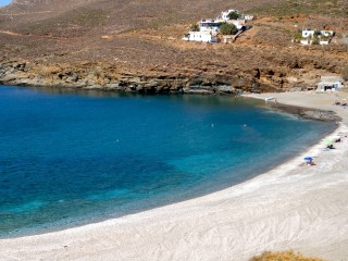 location voreades tinos beach