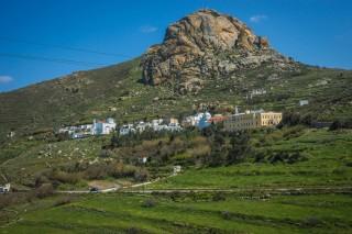 location voreades tinos village